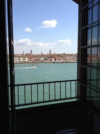 Hilton Molino Stucky Venice Hotel: Veduta da Camera Executive con Vista