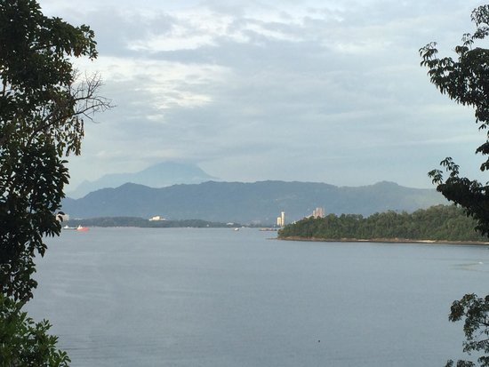 Gaya Island Resort : Spectacular view of Mt Kinabalu from our room (844)
