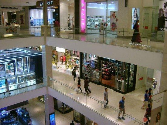 KLCC - Bukit Bintang Pedestrian Walkway : Pavilion Mall - 1