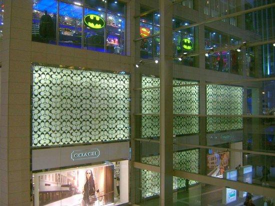 KLCC - Bukit Bintang Pedestrian Walkway : Pavilion Mall - 2