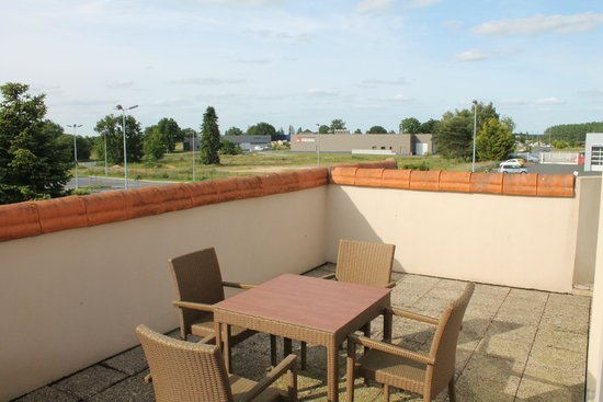 Ibis Styles Cholet: terrasse privative