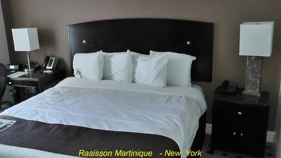 Radisson Martinique on Broadway : room