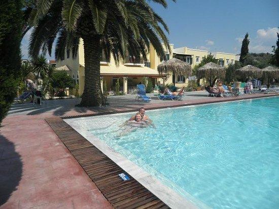 Frosini Gardens: frosini pool