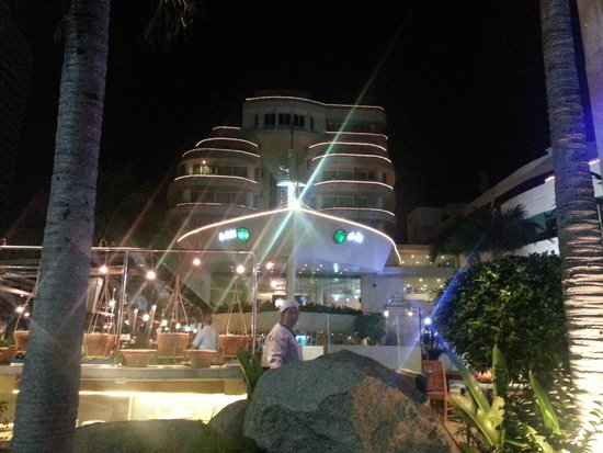 A-One The Royal Cruise Hotel: A-One at Night