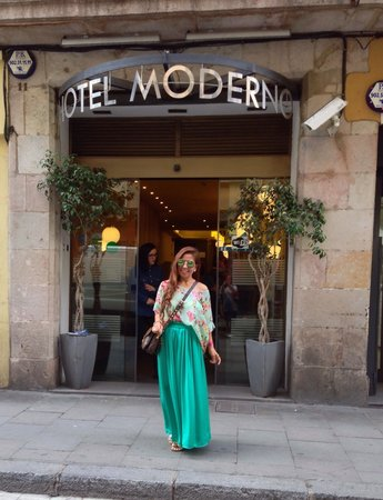 Moderno Hotel Bcn: My kind of hotel...Home Away  from Home Customer Service