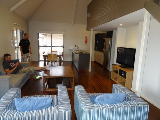 Exmouth Escape Resort : Dining/Kitchen