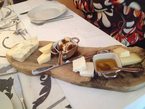 Castiglione, Italy: cheese
