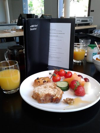 Sir Albert Hotel : Breakfast