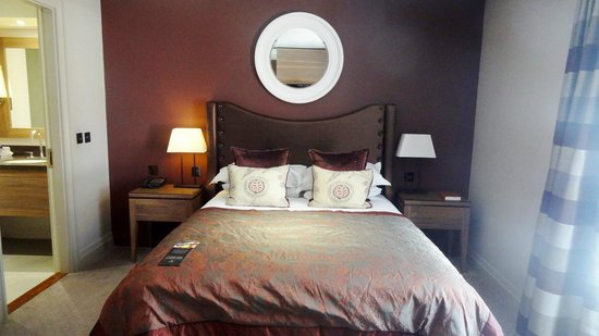 Macdonald Windsor Hotel : Comfortable bed