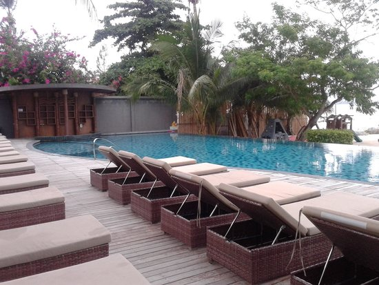 Deva Samui Resort & Spa : Main swimming pool