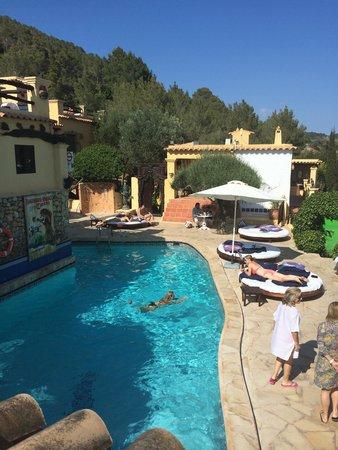 Ibiza Rocks House at Pikes Hotel: Pool area