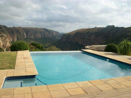 The Gorge Private Game Lodge & Spa: Divine pool area