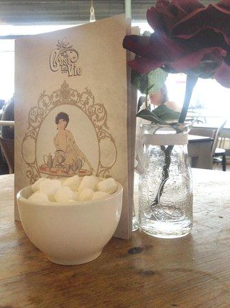 Cafe Cest La Vie