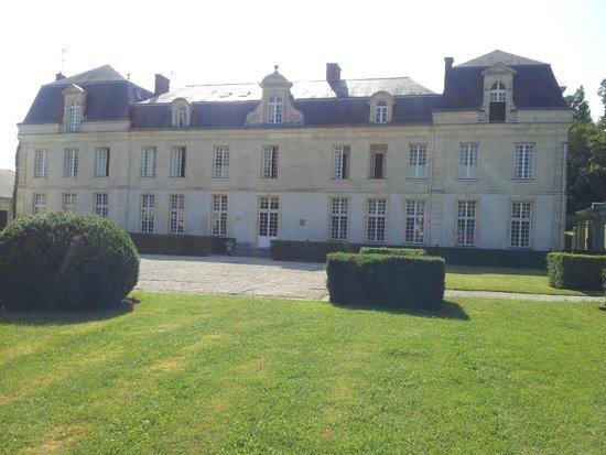 Chateau De Courcelles : The Chateau