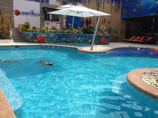 Lalaguna Villas : pool