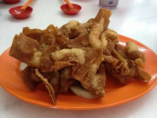 Hup Huat: Fried prawn wantan