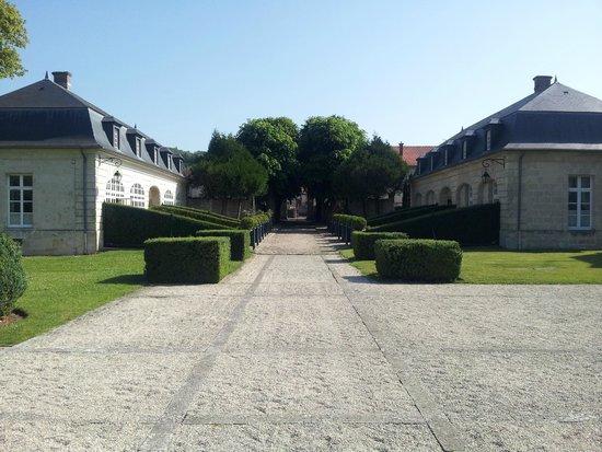 Chateau De Courcelles : Converted Coachhouse