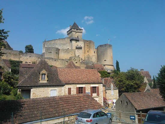 Château Castelnaud : Kasteel vanuit het dorpje