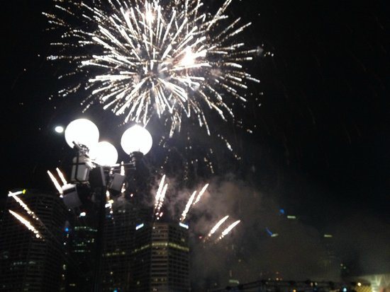Waterfront Grill: what a spectacular dinner and show