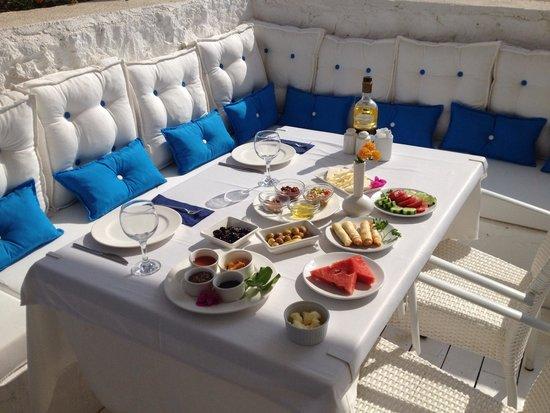 Mavi Beyaz Hotel: Muhtesem kahvalti