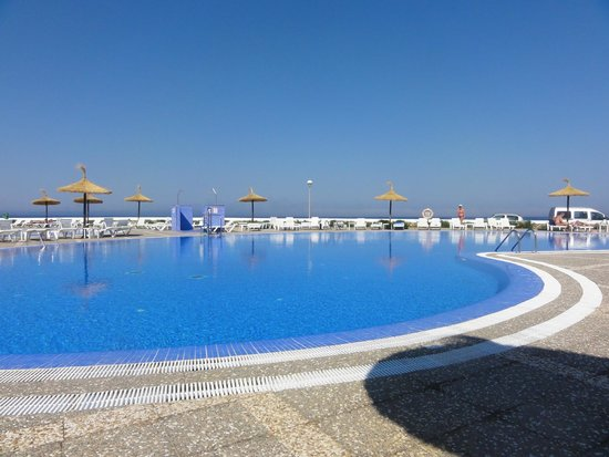 HYB Sea Club: one of the beautiful pools