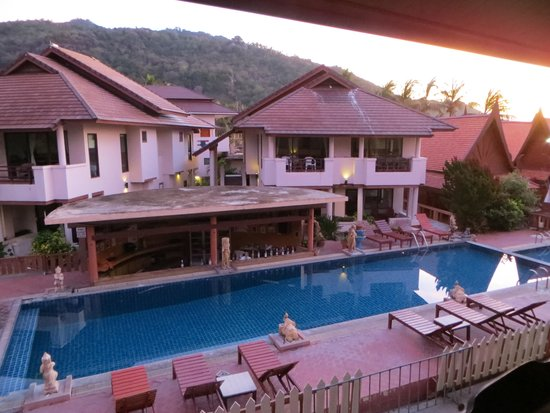 Sunrise Resort: View from room / pool