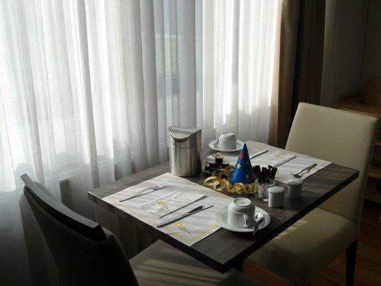 GHOTEL hotel & living: Desayuno
