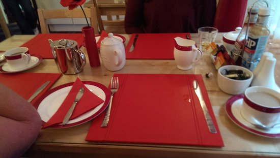 The Beeches Hotel, Blackpool : breakfast setup