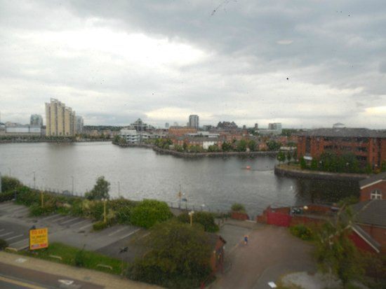 Premier Inn Manchester Old Trafford Hotel: View of the Lake opposite from our room