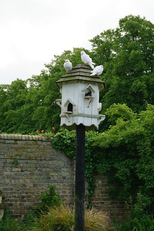 The Red Lion Inn: A dove house