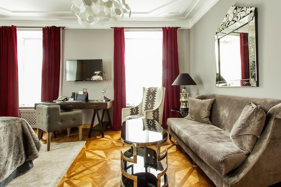 St. Petersbourg Hotel: Junior Suite
