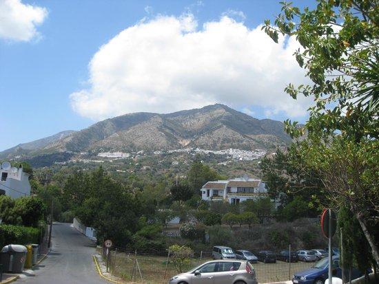 ILUNION Hacienda del Sol: View towards Mijas