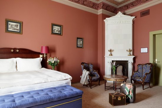 Gallery Park Hotel & Spa, a Chateaux & Hotels Collection: Gallery Deluxe room