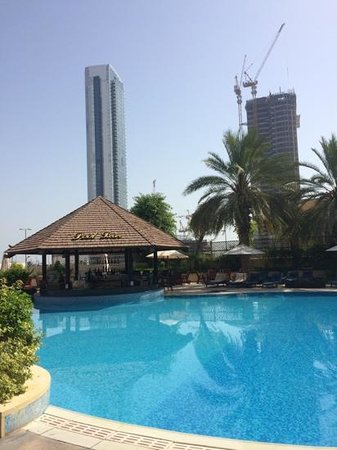 Sheraton Abu Dhabi Hotel & Resort : pool