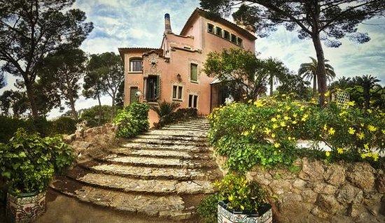 Gaudijeva arhitektura - Page 4 Park-guell-tour