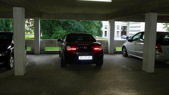 Leonardo Hotel Wolfsburg City Center: So parkt man richtig !