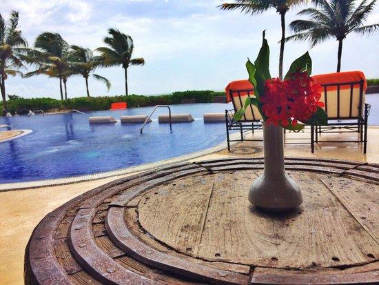 Zoetry Paraiso de la Bonita: Hippos lounge