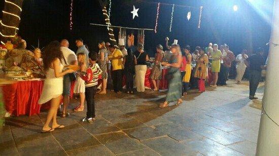 Varca Palms Beach Resort: Monday market