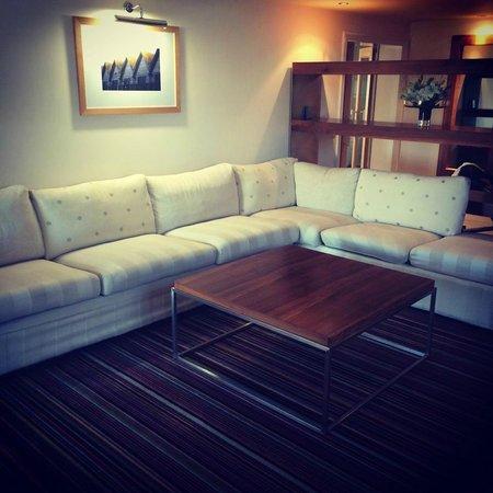 ABode Canterbury: Suite lounge