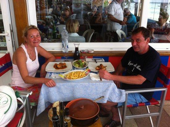 Bagno Bar Viola: блюдо с кроликом по Искьянски
