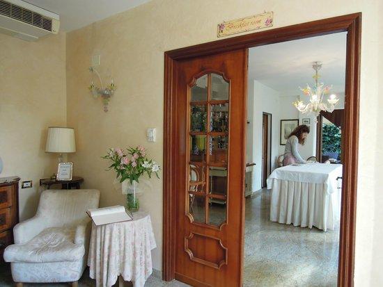 Villa Stella, комната для завтраков