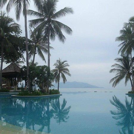 Melati Beach Resort & Spa : Piscina