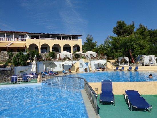 Acrotel Elea Village: piscina