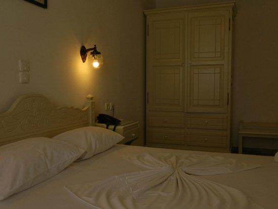 Adonis Hotel & Apartments: Studio No18