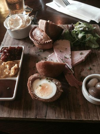 The Tempest Arms: Ham, Scotch Egg & Pie Plank £11.95