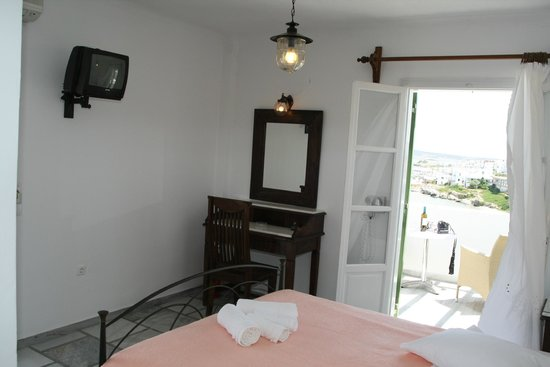 Adonis Hotel & Apartments: Room No 19