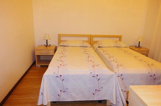 Apartmani Medena: bedroom renovated app.