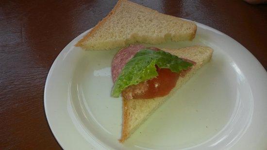 Aquis Park Hotel : oui,c'est un sandwich