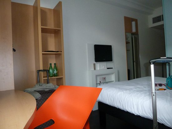 Ibis Annecy Centre Vieille Ville : room 125