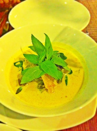 Chanrey Tree : The no potato, no sweet potato green curry specially made for my mom